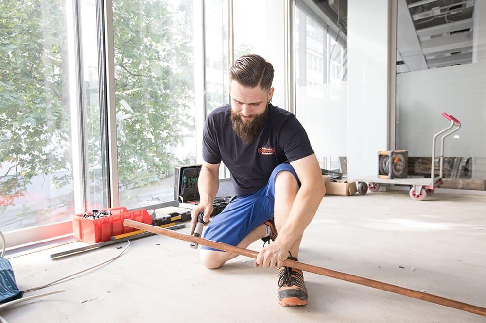 Rohrverlegung mit Bad & Heizung Boschanski GmbH